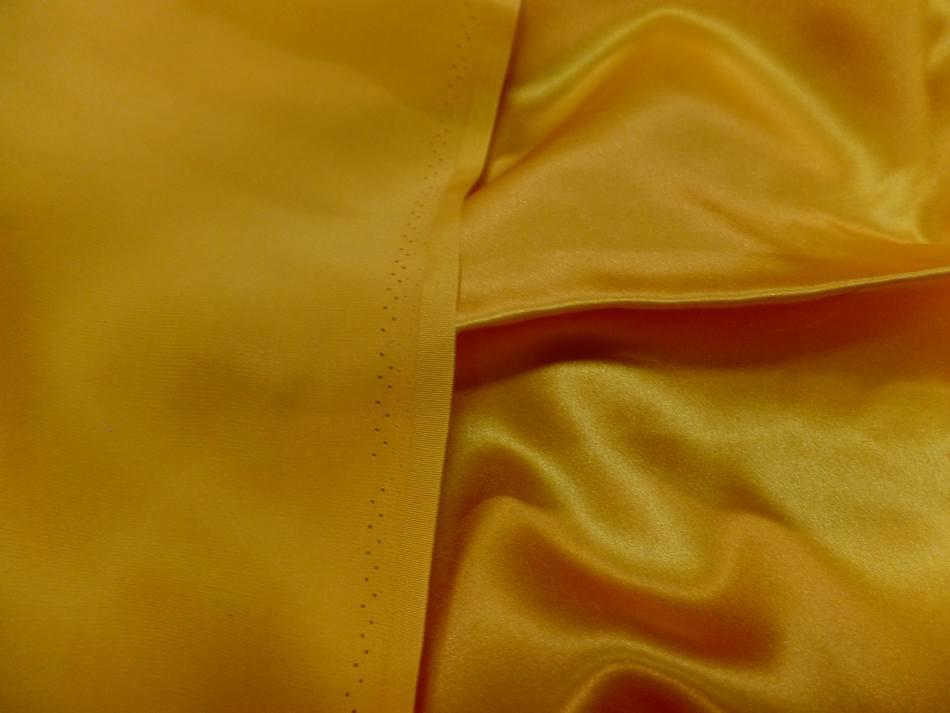 Vente de tissu satin de soie 100 jaune dore en ligne