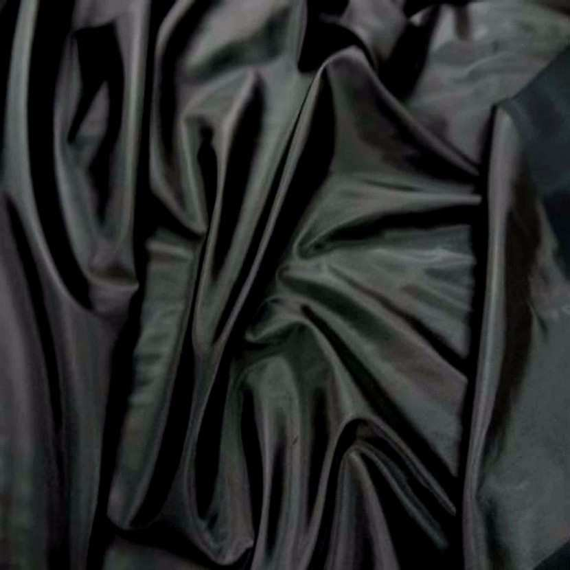 Vinyle noir brillant9