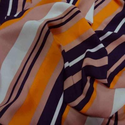 Viscose imprime rayures ton orange1