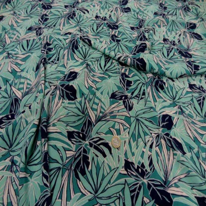 Viscose imprime ton vert en 1 45m de large