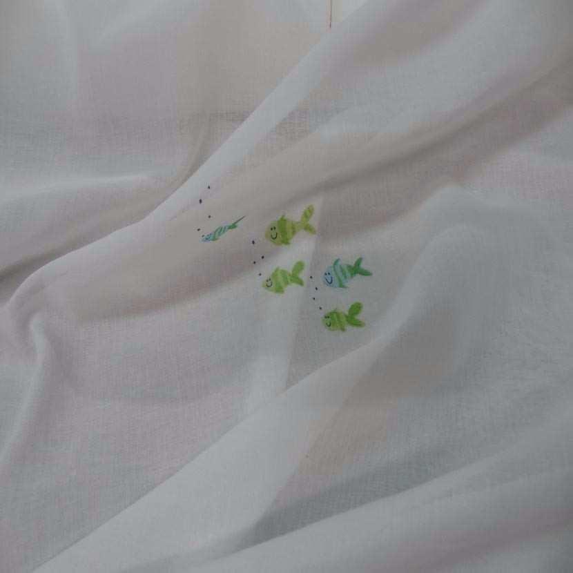 Voile de coton blanc imprime poisson44
