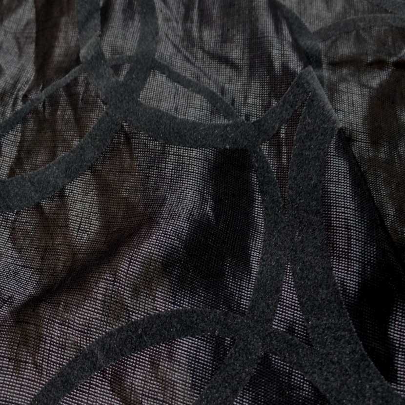 Voile de lin lurex noir a motifs aspect devore en velours gris2