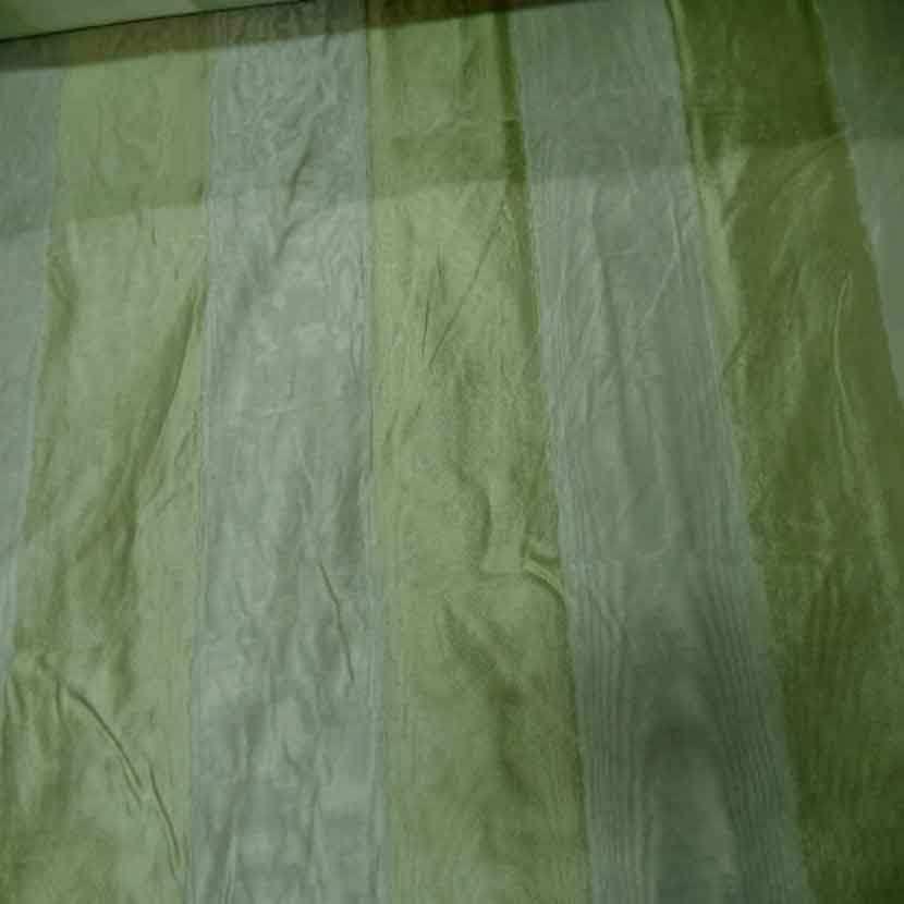 Voile de soie 100 faconne rayures ton anis clair4