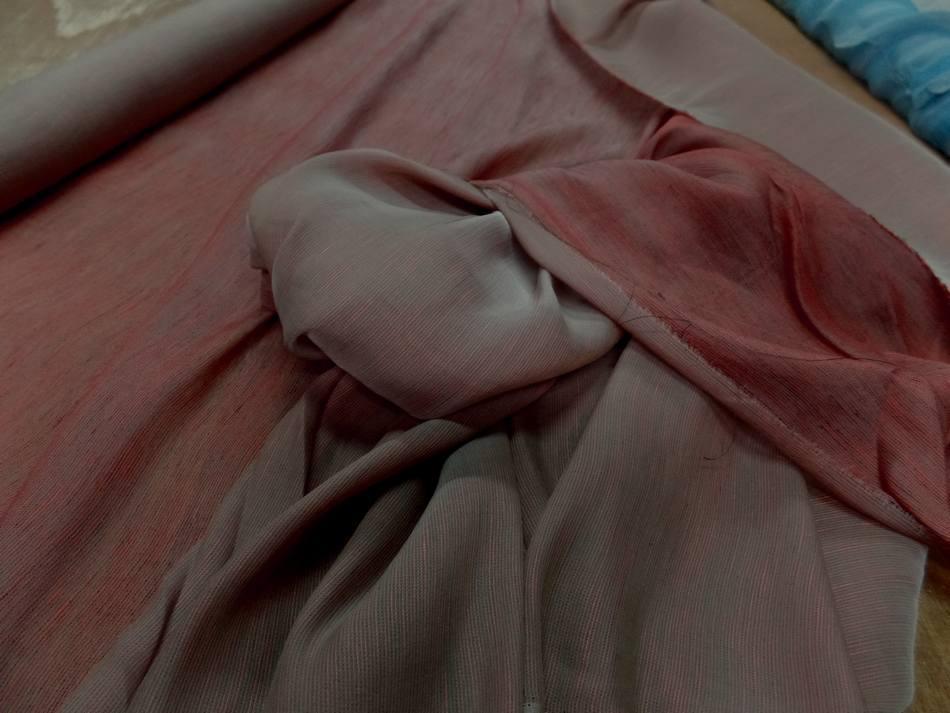 Achat voile de soie 100% façonné taupe rouge vermillon