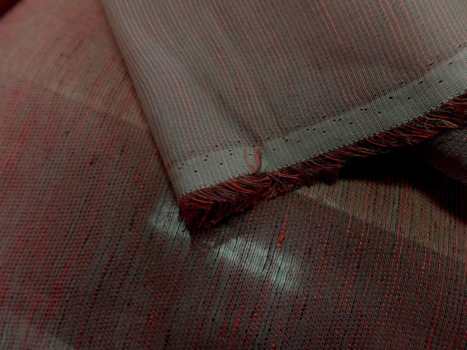 vente de voile de soie 100% façonné taupe rouge vermillon