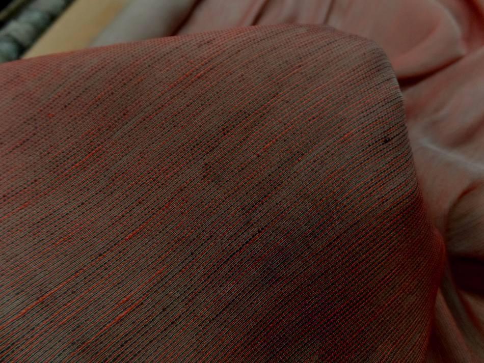 vente voile de soie 100% façonné taupe rouge vermillon