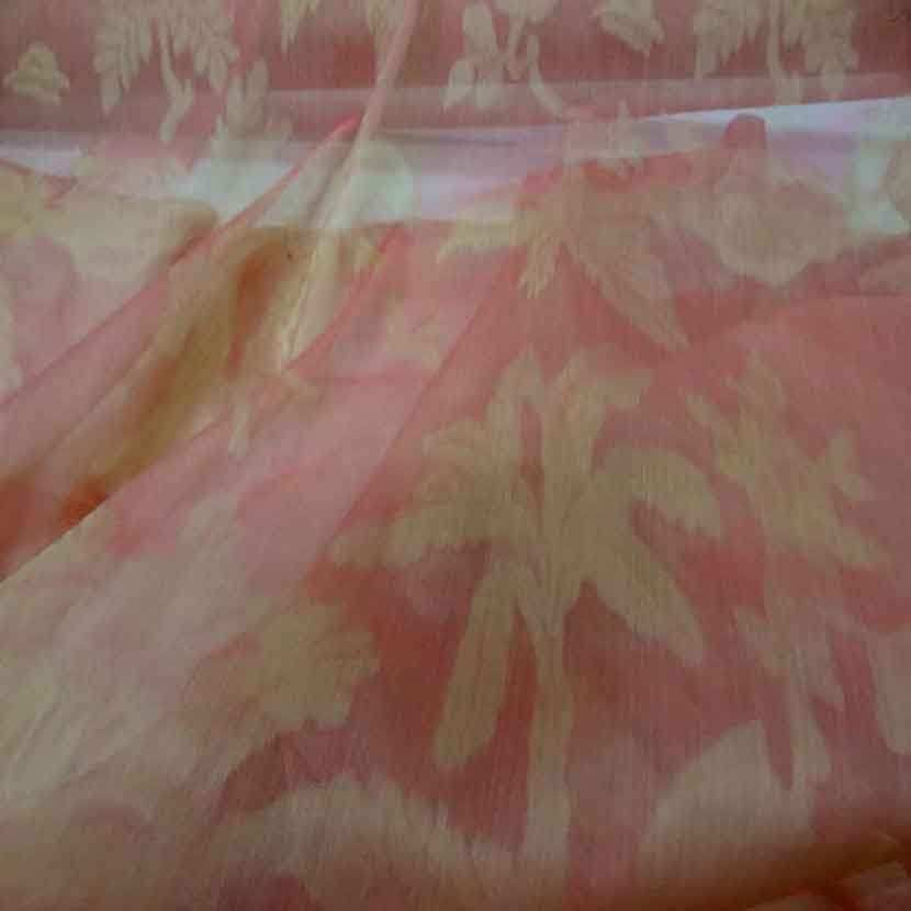 Voile de soie changeant orange rose a motifs3