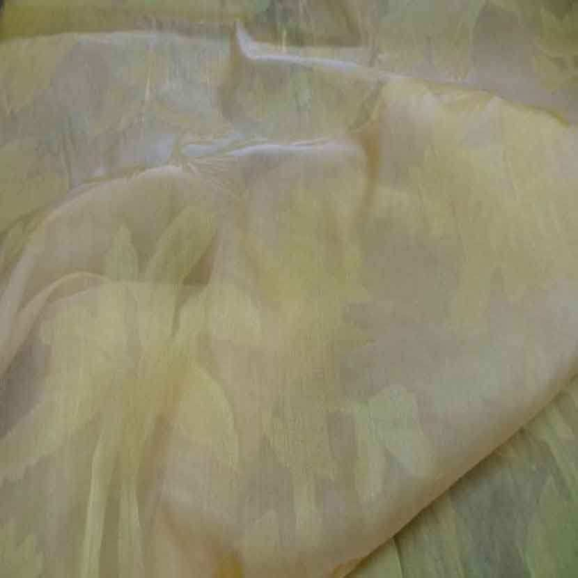 Voile de soie changeant ton jaune a motifs7 1