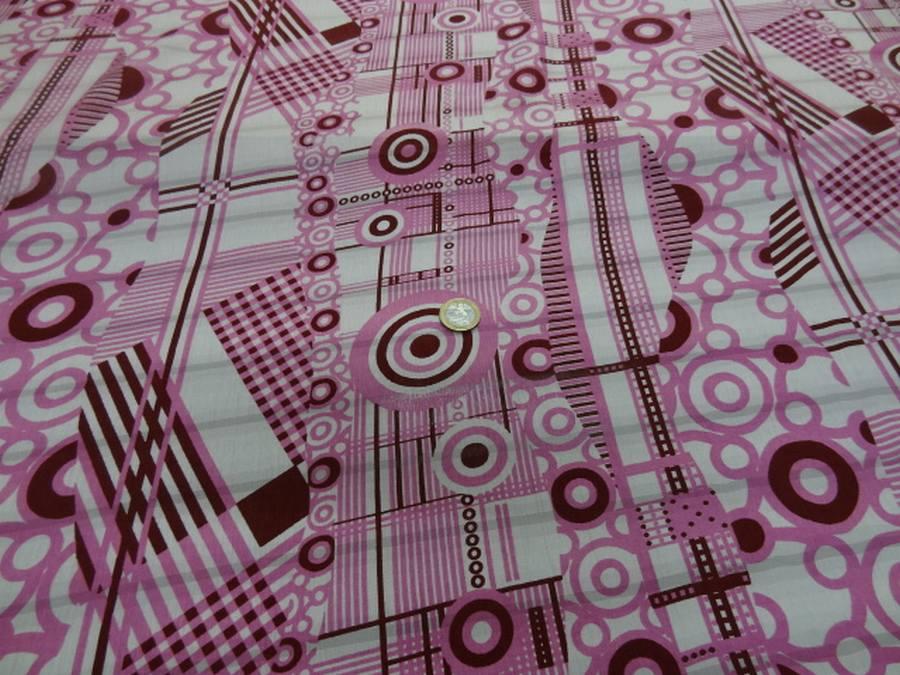 Voile de soie crepon imprime retro ton blanc rose et bordeaux1