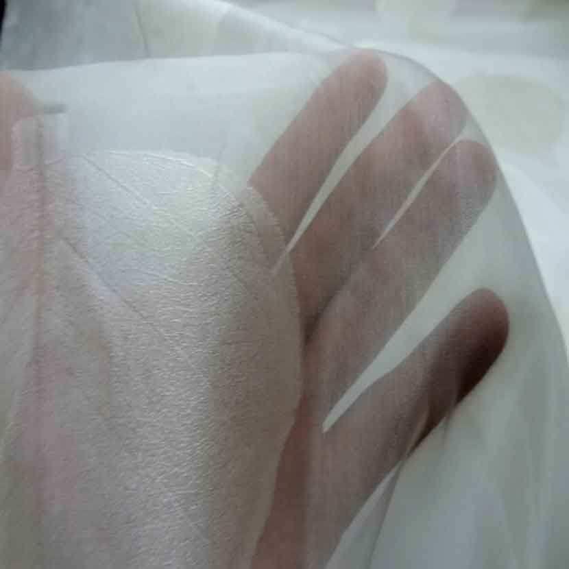 Voile de soie ecrue brode feuille de tilleul08