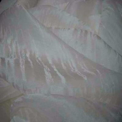 Voile de soie ecrue faconne en 1 35m de large