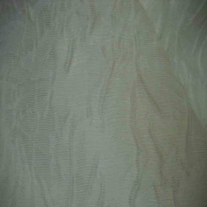 Voile de soie froisse permanent blanc casse