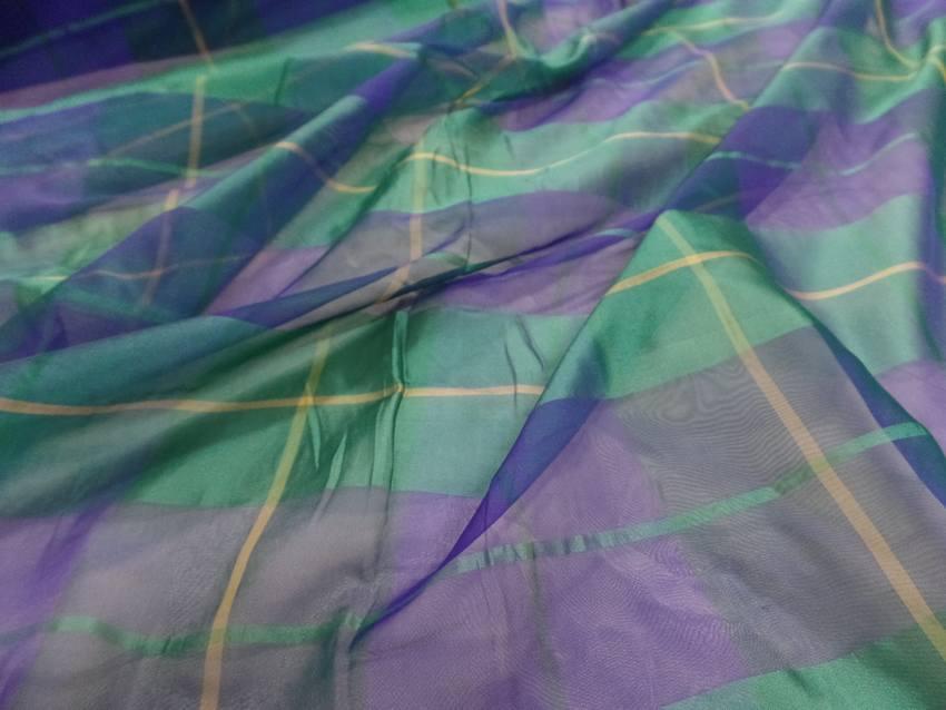 Voile de soie imprime madras vert et bleu4